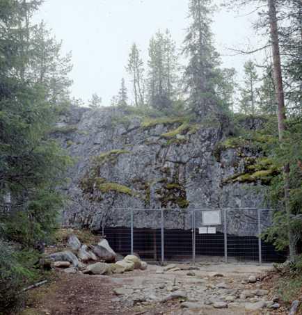 wolf_cave_2 Финляндии